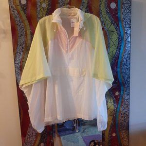 FreePeople: Cover-up, Poncho, Running gear